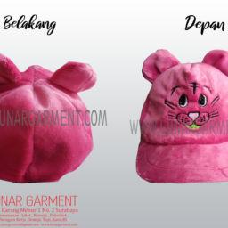 Hasil Produksi Topi Pink Karakter Lucu